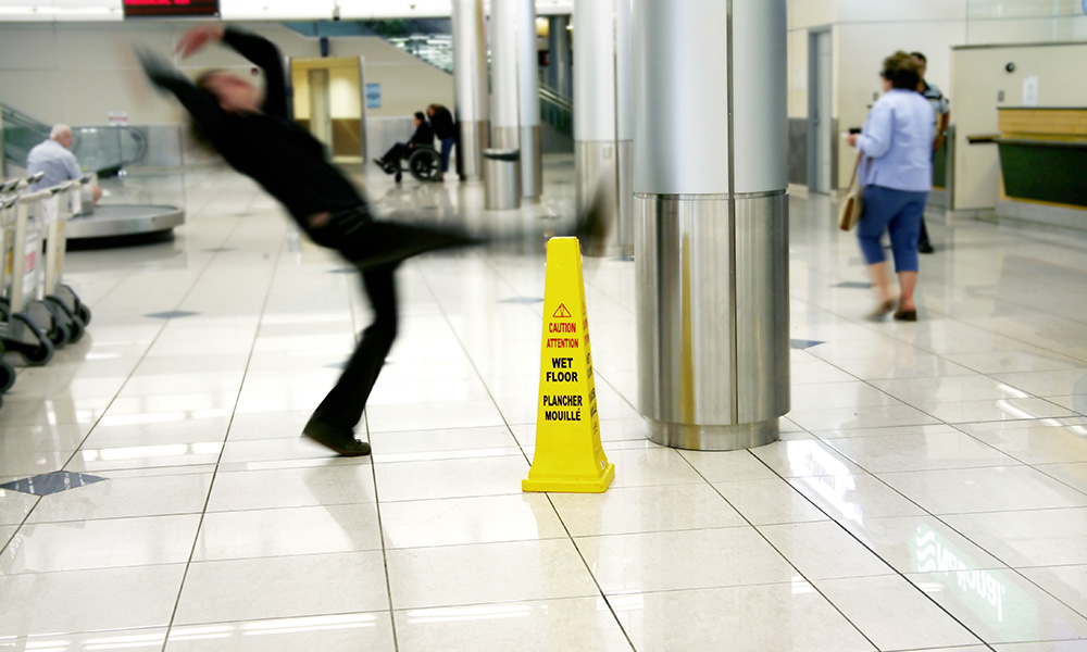 SLIP AND FALLS ARE MAJOR INJURY RISK FOR FOOD WORKERS
