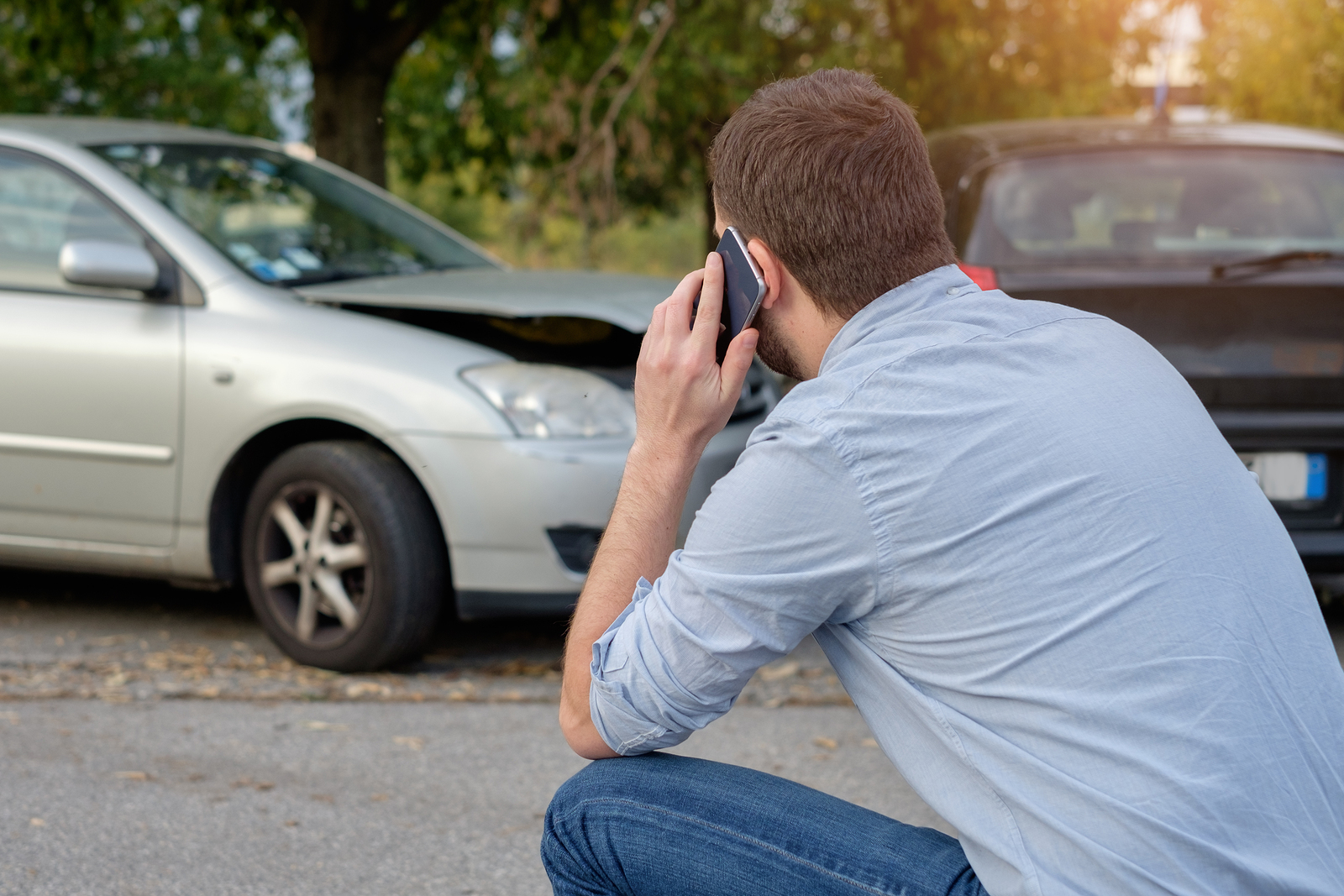 What To Discuss On The First Call With An Insurance Adjuster After An Accident